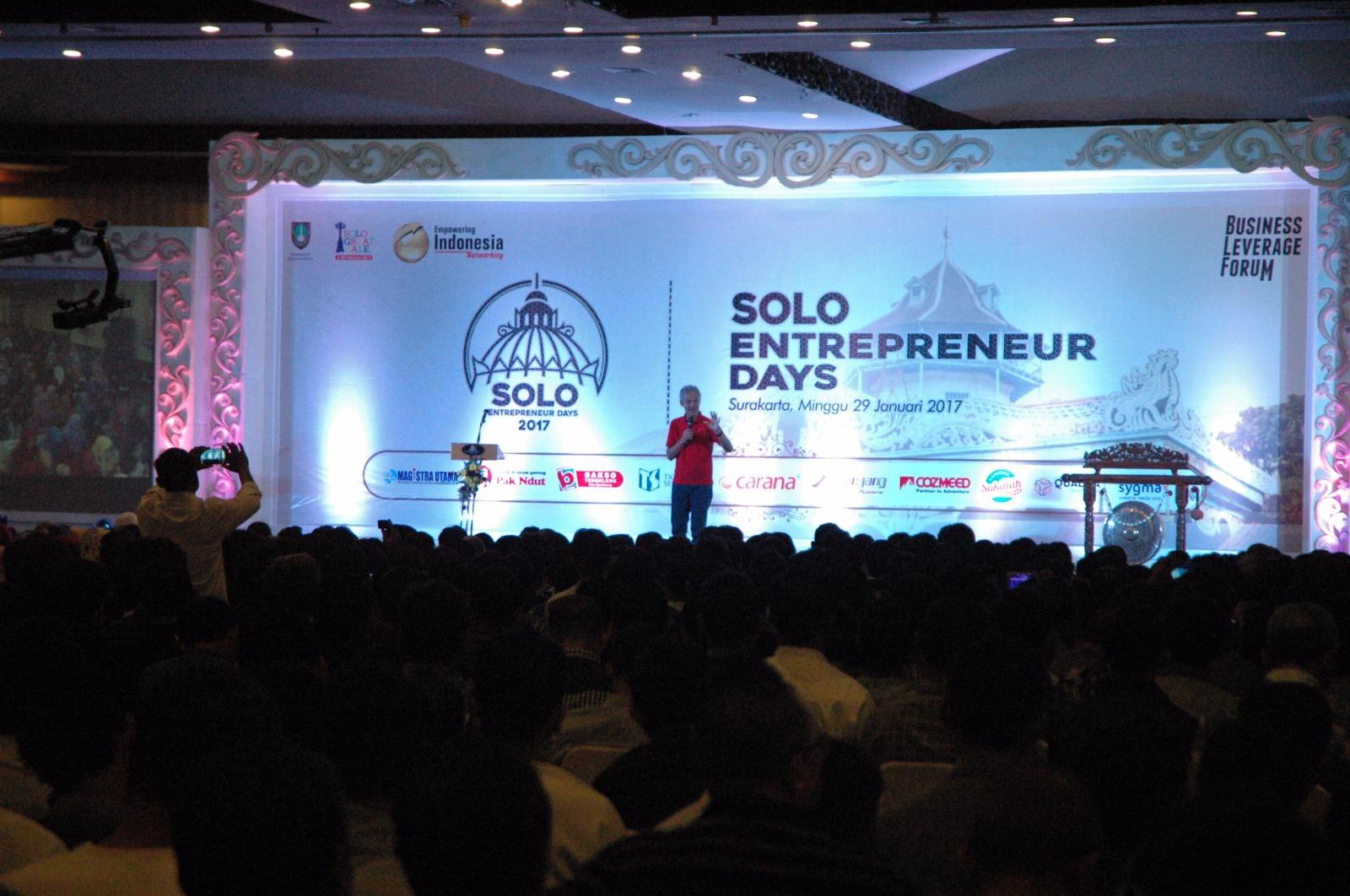 Gubernur Ganjar Pranowo memberikan arahan di Solo Entrepreneur Days 2017