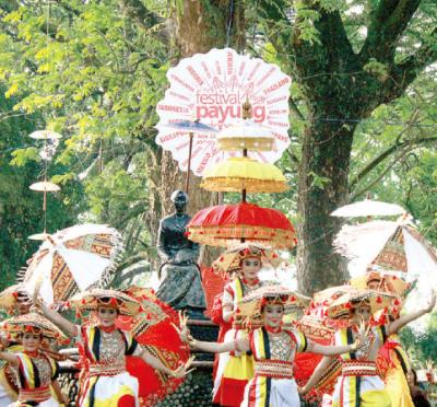 Festival Payung Indonesia 2017