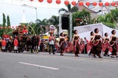 Kirab Budaya HUT Hari Ulang Tahun Kota Solo ke 273
