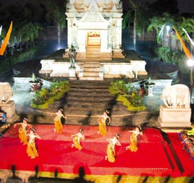 Waisakha Puja Raya Perayaan Waisak 2017/2561 TB